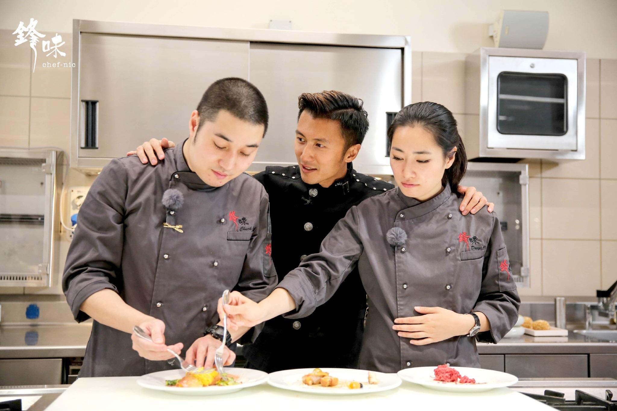 此外,锋厨杨北川还将为现场观众带来在《锋味》节目中因清爽甘甜口感