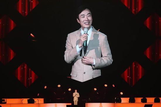 费玉清台北演唱会正式封麦,为47年演艺生涯圆满画上句号